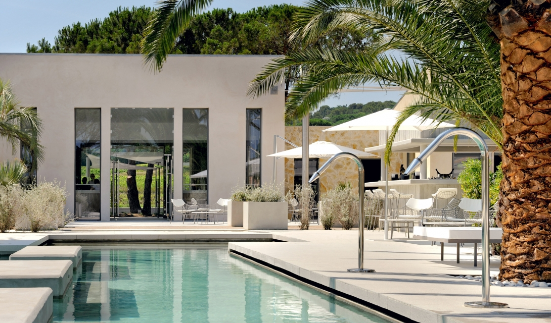 Hotel sezz saint tropez france design hotels for Hotel design france