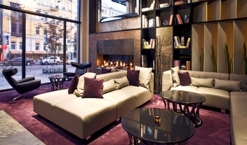 11 Mirrors Lobby Lounge Fireplace M 09 R