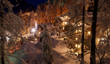 Cervo Mountain Boutique Resort Night View in Zermatt