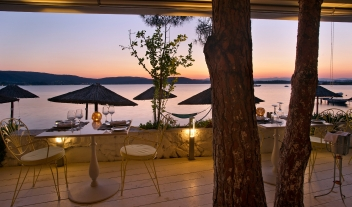 Ekies All Senses Resort Restaurant Sea View By Sundown M 28 R