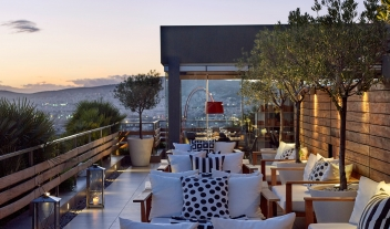 Athens boutique luxury hotels design hotels for Design hotel athens