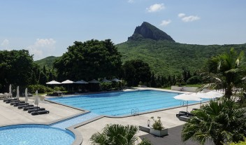 Gloria Manor Outdoor Pool in Kenting National Park