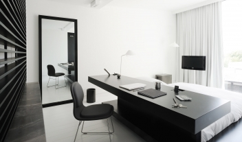 Habita Monterrey Suite Black And White Interior M 04 R