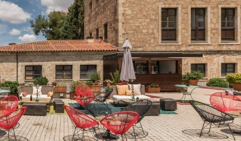 Hospes Palacio De San Esteban Terrace Bar Chairs M 11 R