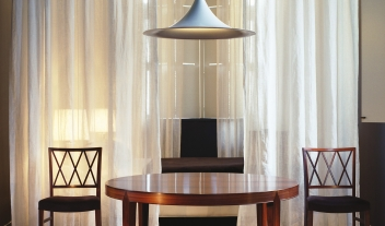 Hotel St Paul Table Chairs Lamp M 04 R