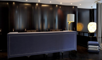 Hotel Topazz Reception Desk M 12 R