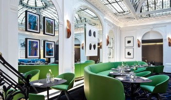 Hotel Vernet Restaurant in Paris