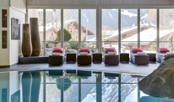 Huus Gstaad Pool in Gstaad