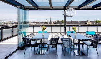 Klaus K Rooftop Terrace Dining City View M 11