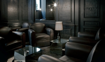 La Maison Champs Elysees Black Lounge Interior M 08 R