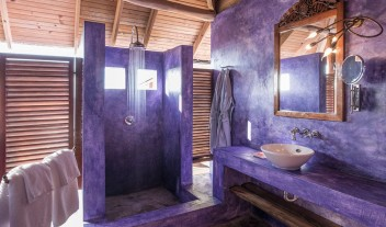 Laluna Infinity Bathroom in Grenada