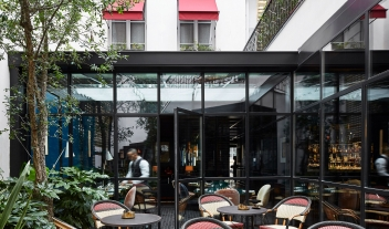 Le Roch Hotel Restaurant in Paris