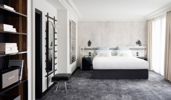 Les Bains Bedroom Interior Design M 01 R