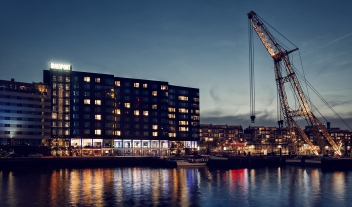 Mainport Architecture By Night River View M 27 R