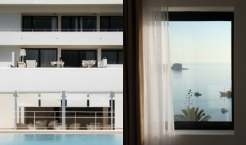 Memmo Baleeira Architecture Balconies Pool Room View M 05 R