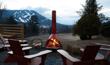 Scribners Catskill Lodge Outdoor Firepit in Hunter Mountain
