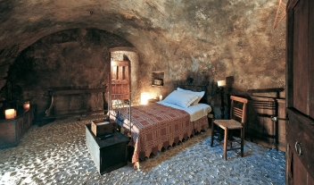 Sextantio Albergo Diffuso Bedroom Grotte View M 07 R