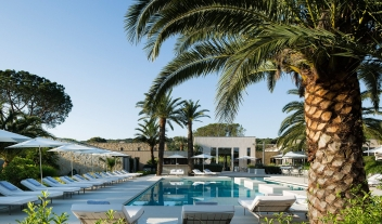 Sezz St Tropez Pool View M 15 R