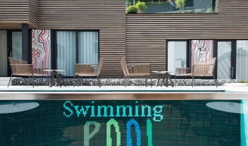 The Royal Snail Outdoor Pool Terrace M 06 R