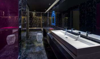 Vue Hotel Houhai Beijing Bathroom in China