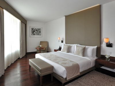 Anya Hotel Luxury Suite R R2