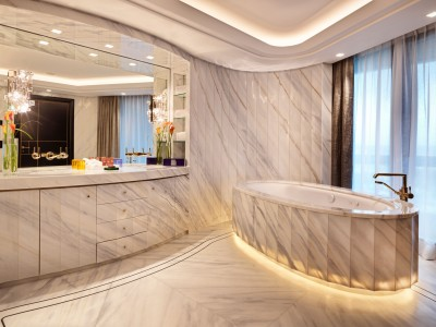 Atlantis by Giardino Marble Bathroom in Zurich