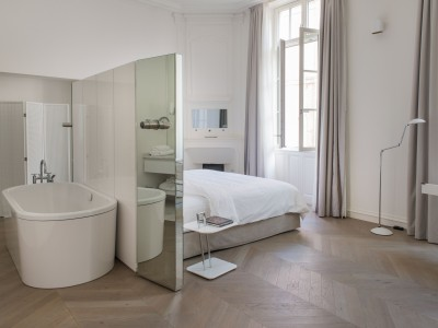 Hotel de Tourrel Tub in Provence