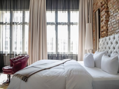 Hotel Zoo Berlin Luxury King Suite in Berlin