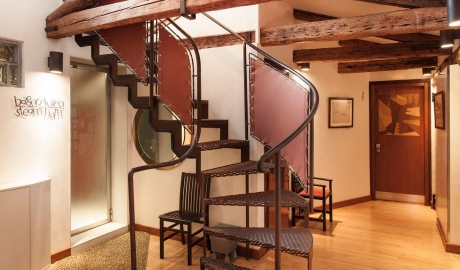 Ca Pisani Corridor Staircase Steam Bath Entrance M 07