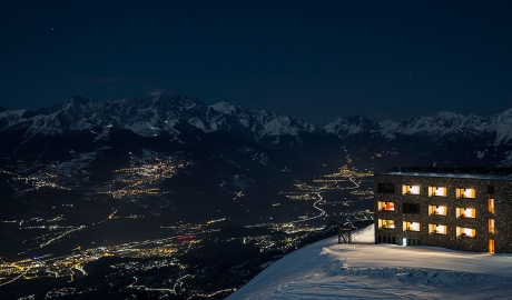 Chetzeron Night Views in Cranz-Montana