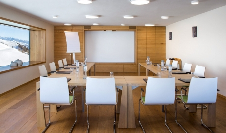 Chetzeron Meeting Room in Cranz-Montana
