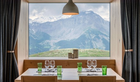 Chetzeron Restaurant Table in Crans-Montana