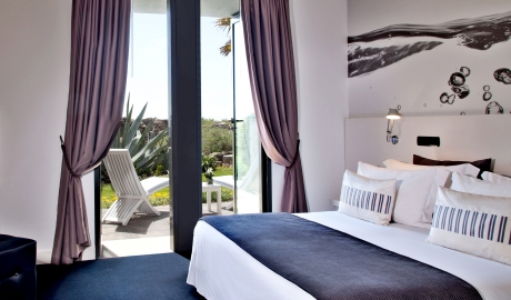 Farol Design Hotel Bedroom Interior Terrace Garden View M 08 R