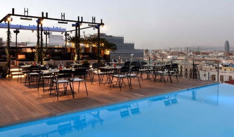 Grand Hotel Central Rooftop Terrace Pool Bar Dining City View M 15 R