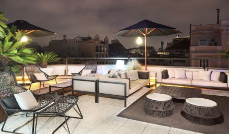 Hotel Claris Lounge by Night in Barcelona