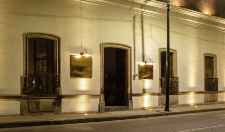 Hotel Emiliano Entrance in Leon