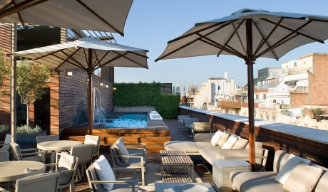 Hotel Omm Rooftop Terrace City View Pool M 13 R