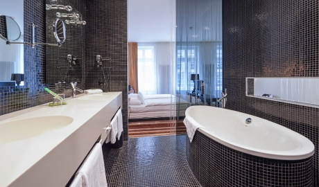 Hotel Uberfluss Bathroom Interior Design M 08 R