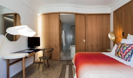 Hotel Vernet Guestroom in Paris
