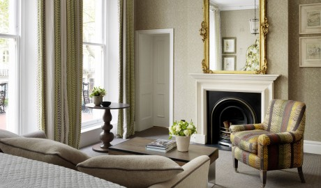 Knightsbridge Hotel Living Room in London