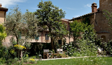 La Bandita Townhouse Building in Pienza