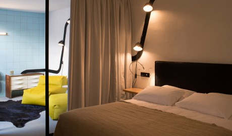 Le Collateral Bedroom Design in Arles