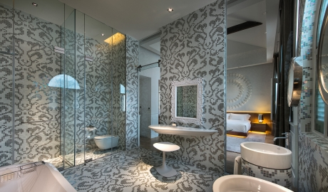 Macalister Mansion Bathroom Interior Design M 07 R 1