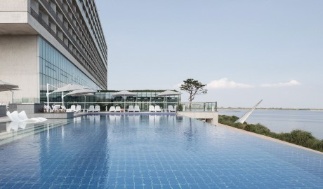 Nest Hotel Pool in Incheon