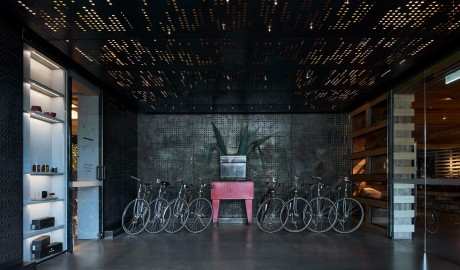 Ovolo Nishi Bike Rental in Canberra