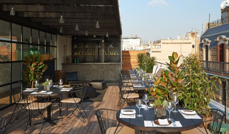 The Serras Rooftop Terrace Restaurant Bar M 02 R