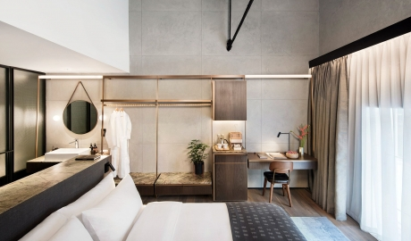 The Warehouse Hotel Bedroom Bath in Singapore