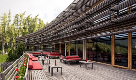 Vigilius Mountain Resort Architecture Terrace M 02
