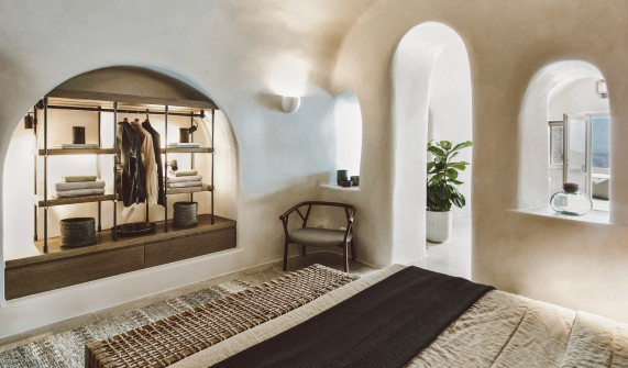 Vora Santorini Cave Bedroom in Santorin & Architecture u0026 Design at Vora in Santorini Greece - Design Hotels™
