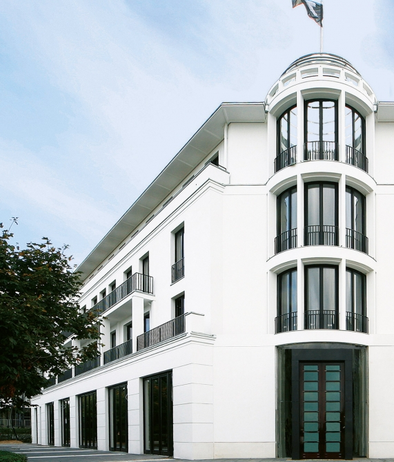 Cerês Building in Binz